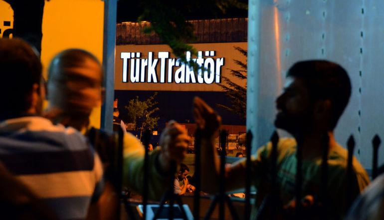 Otomotiv grevi Türk Traktör'ü de etkiledi