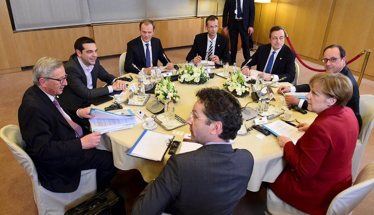 Yunanistan krizinde her gün bir çok açıklama geliyor, ama piyasalar kime kulak vermeli?