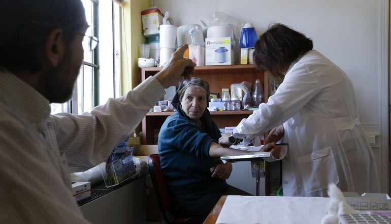 Yunanistan'da kriz sağlık hizmetlerini vurdu