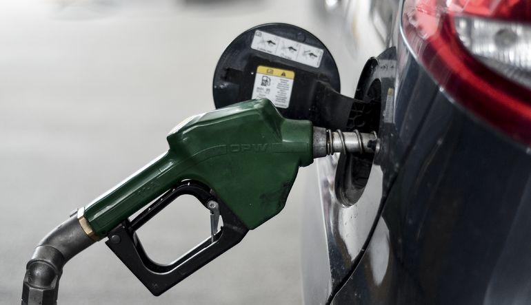 Benzin ve motorin satışları arttı