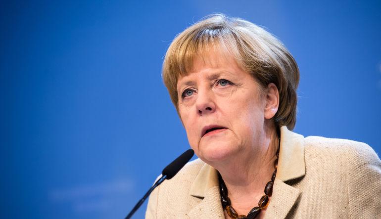 Merkel üzerinde casusluk skandalı baskısı artıyor