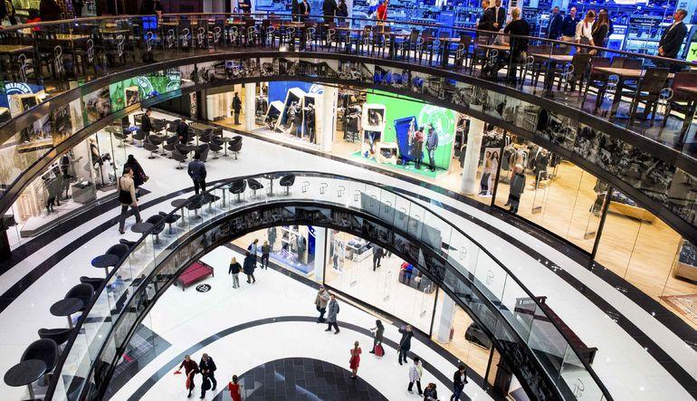 Euro Bölgesi'nde tüketici fiyatları, altı ayın ardından ilk kez yıllık bazda artış gösterdi
