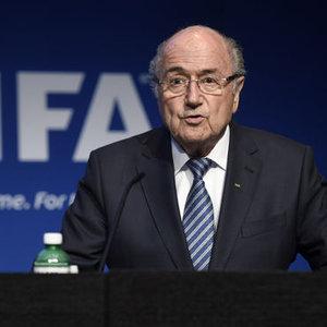 FIFA BAŞKANI BLATTER'DAN SÜPRİZ İSTİFA