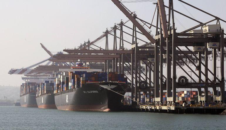 ABD'de ticaret açığı azaldı