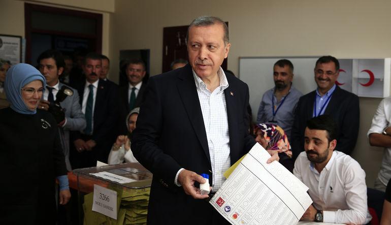 Türkiye'deki seçim sonuçlarını uluslararası basın dünyaya böyle duyurdu