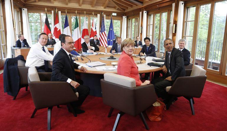 Almanya'nın Krün şehrindeki Elmau Sarayı'nda düzenlenen G7 Zirvesi'nin bildirisinde Kırım'ın Rusya'ya ilhakının bir kez daha kınandığı belirtildi