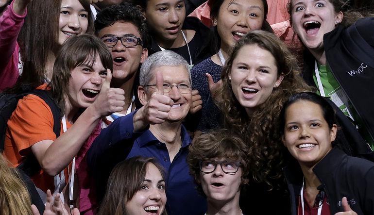 Apple Spotify'a rakip oluyor