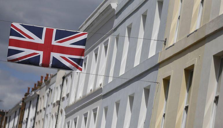 İngiltere ticaret açığı daraldı