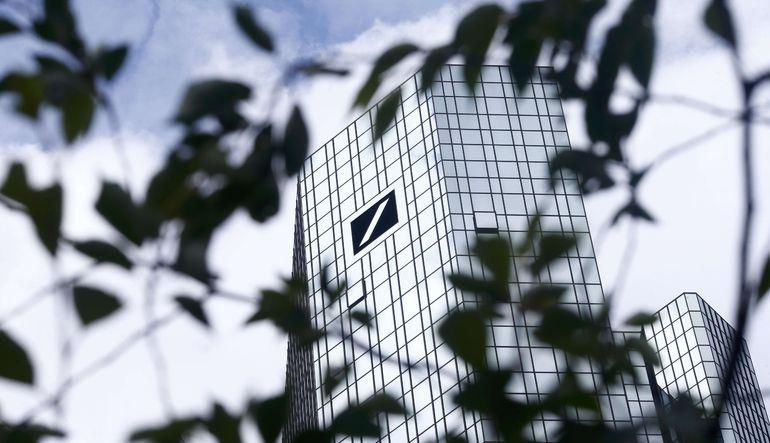 Deutsche Bank'ın Frankfurt'taki ofislerinde arama yapıldı