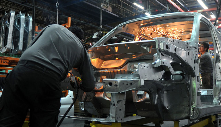 Otomotiv üretimi %13 düştü