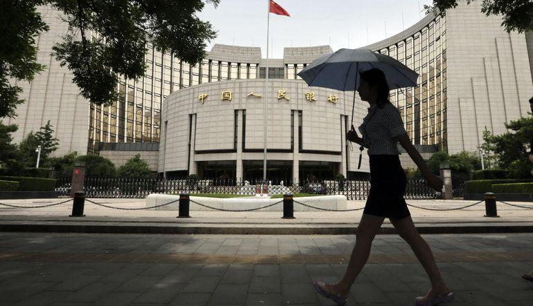 Çin MB büyüme öngörüsünü düşürdü