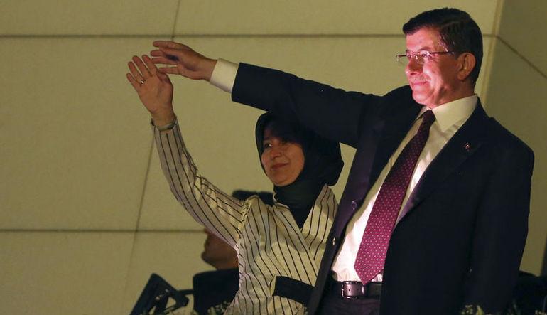 Başbakan Ahmet Davutoğlu gündemdeki konuları değerlendirdi