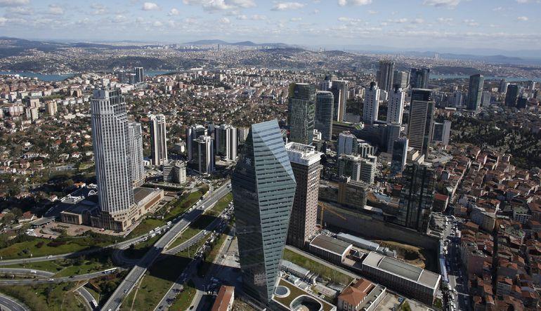 Günün grafiği: Türk bankaları rakiplerine karşı Lehman seviyesinde