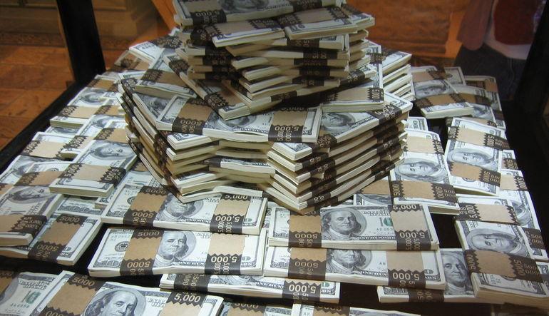 Cari açık finansmanını belirsiz kaynak girişi sağladı