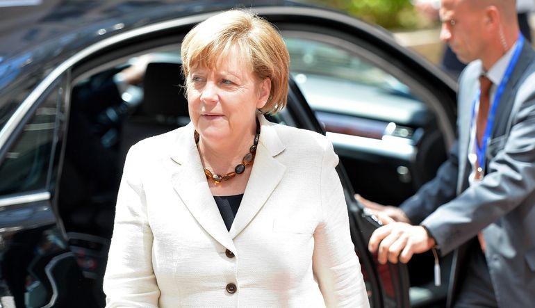 Merkel: Güçlü euro reformları zorlar