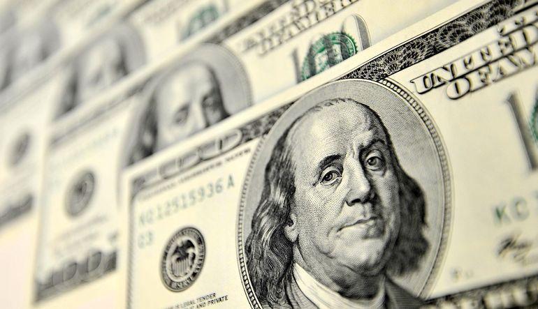 Dolar rol çaldı