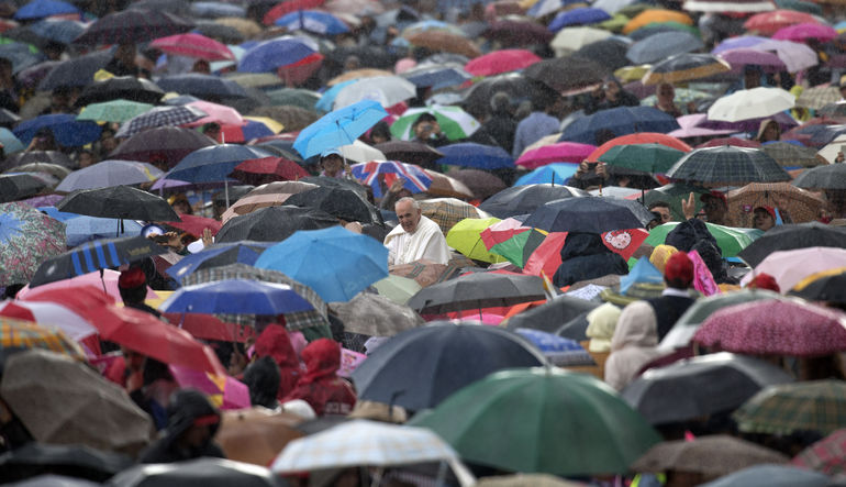 Papa anti-kapitalist devrimini başlatmaya hazırlanıyor