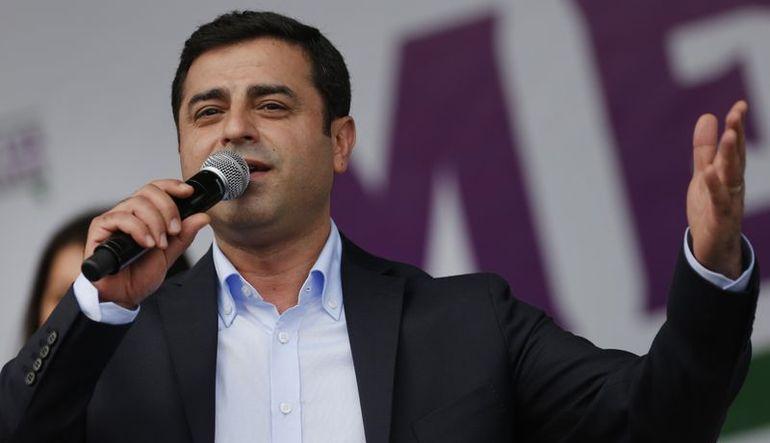 Demirtaş: AK Parti-CHP koalisyonunu destekleriz