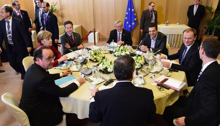 Yunanistan'ın mevcut kurtarma programının sona ermesine 150 saatten uzun bir süre kala AB liderleri bu akşam Brüksel'de bir araya geliyor. Zirveyi değ
