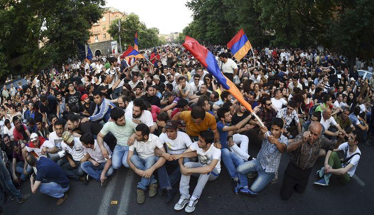 Ermenistan'da protesto gösterileri