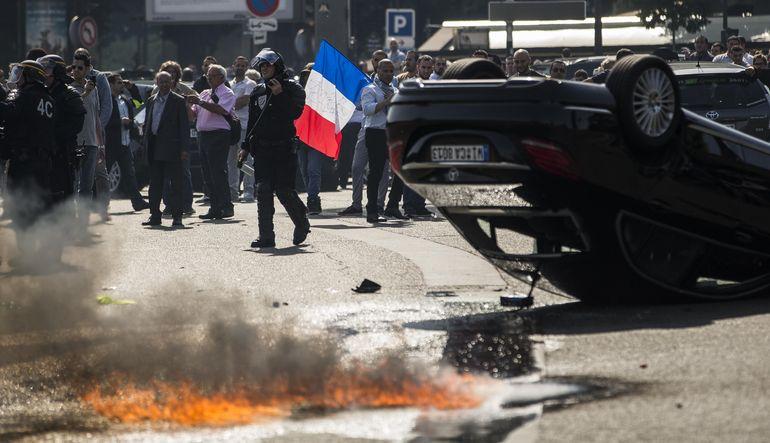 Fransa'da taksici kaosu