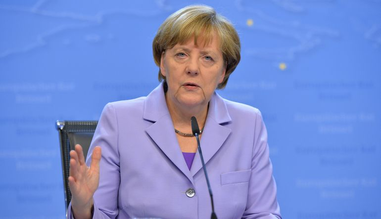Merkel: Hafta sonundaki görüşmeler belirleyici olacak