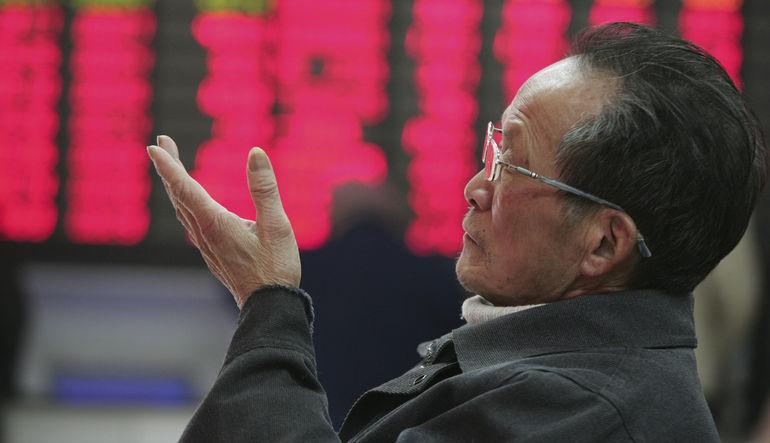 Çin borsasında olağanüstü şeyler olurken, herkesin gözü ülkenin resmi devlet ajansı Xinhua'da