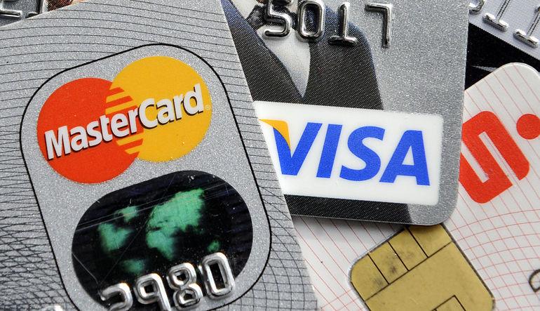 Kredi kartı harcamaları artıyor