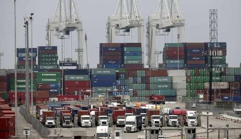 Dış ticaret açığı 6,8 milyar $