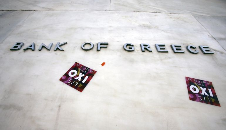 Yunan bankaları aksıyor