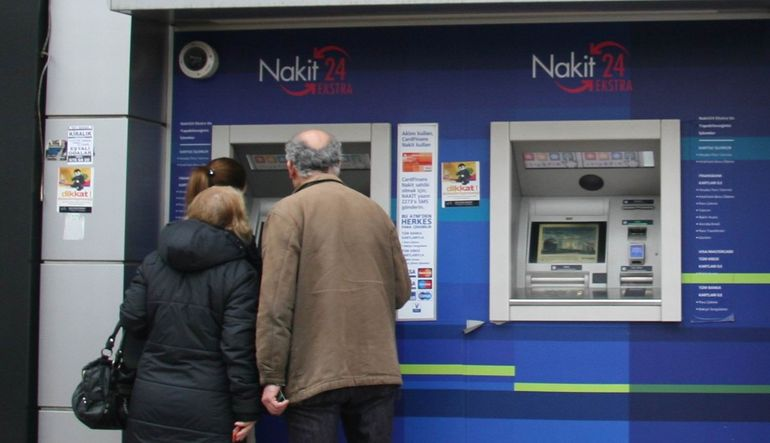 Türkiye'de banka almak yerine parayı hesapta bırakmak daha kârlı olabilir