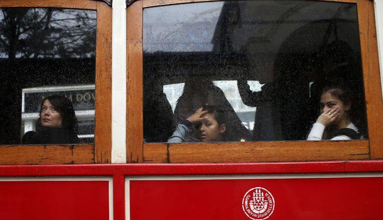 Türkiye'nin yüzde 58'i ekonominin kötü yönetildiğini söylüyor