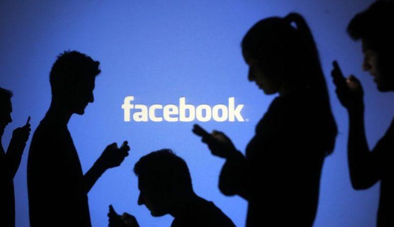 Facebook'ta gizlediğinizi sandığınız fotoğraflar görülebiliyor