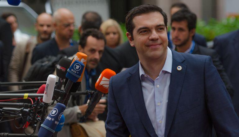 Avrupa Tsipras'tan tam teslimiyet istiyor