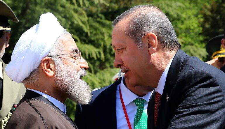 Uzmanlar, İran'ın P5+1 ülkeleriyle gerçekleştirdiği anlaşmanın Türkiye'ye önemli faydalar sağlayacağını söylüyor