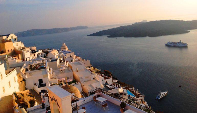 Yunan adalarının satışı ihtimali gittikçe büyüyor