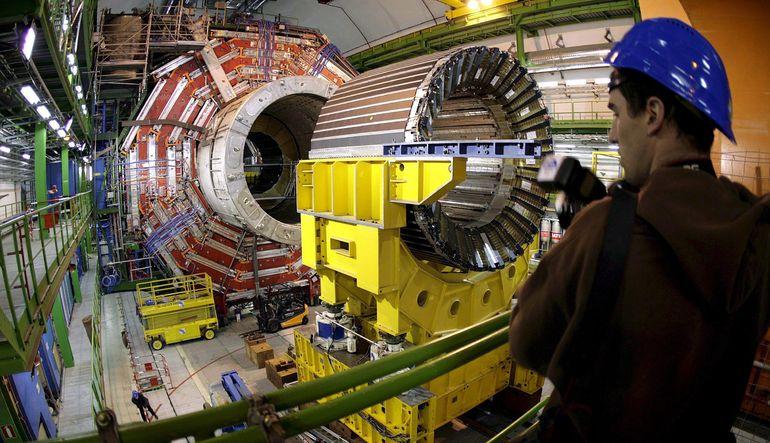 CERN'de yeni parçacıklar keşfedildi