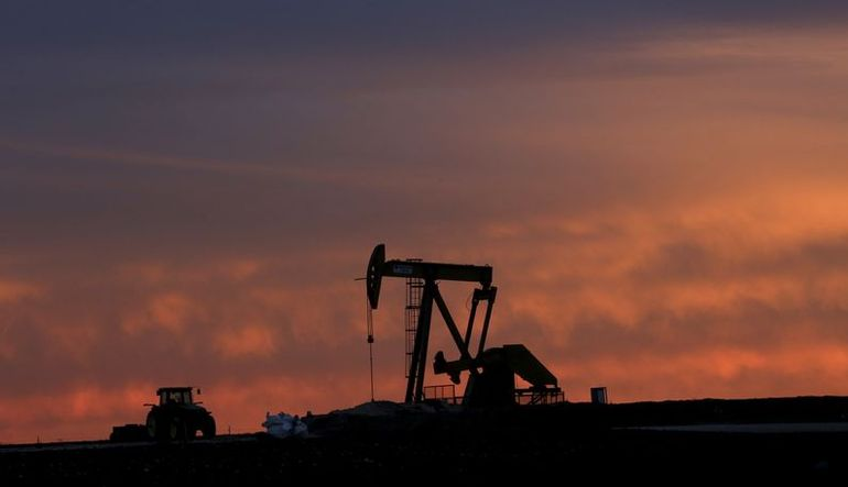 Petrol üç ayın en düşük seviyesine yakın