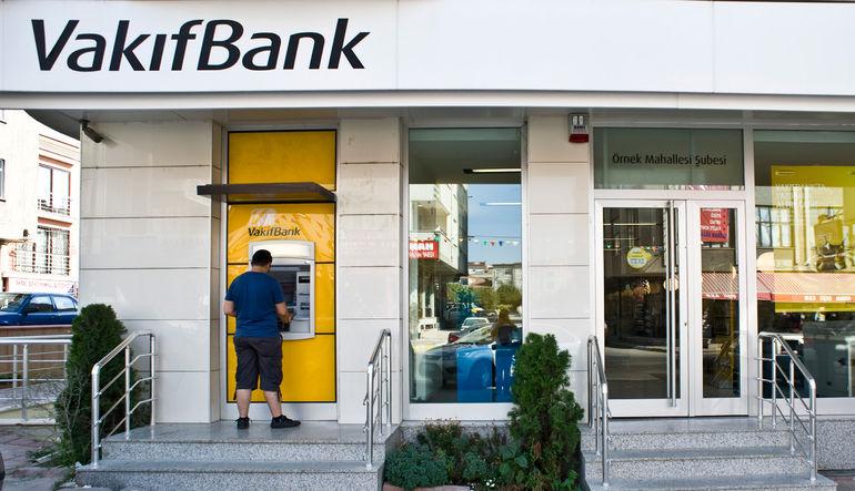 Moody's'in haftasonu yayınlanan açıklamasında Vakıfbank'a yaptığı dört önemli uyarı