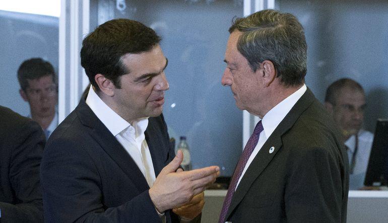 Yunanistan bugün AMB'ye 4.2 milyar euroluk bir borç ödemesi yapacak