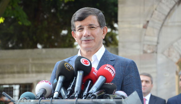 Ahmet Davutoğlu: Saldırının hedefi Türkiye'dir