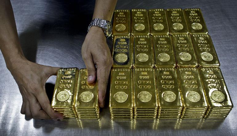 Altındaki çöküşün de etkisiyle dün 13 yılın en düşüğüne gerileyen emtia fiyatları kayıplarını koruyor.