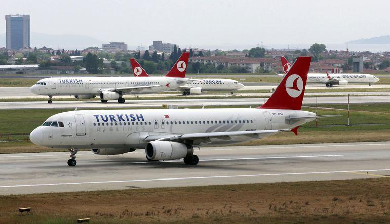 Türk Hava Yolları'nda arka arkaya gelen asılsız ihbarların sorumlusunun bir kabin mememuru olduğu açıklanmıştı. Ancak ihbarların devam etmesi soru işa