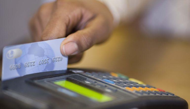 Kredi kartında limiti dolduruyoruz