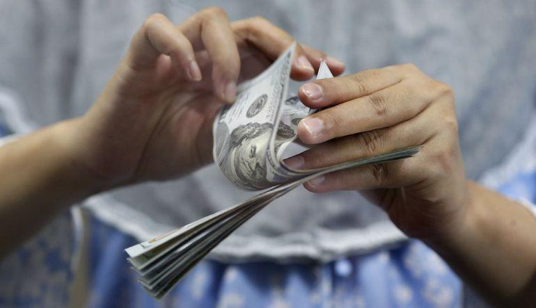 Dolar, Fed toplantısı ile güçlendi