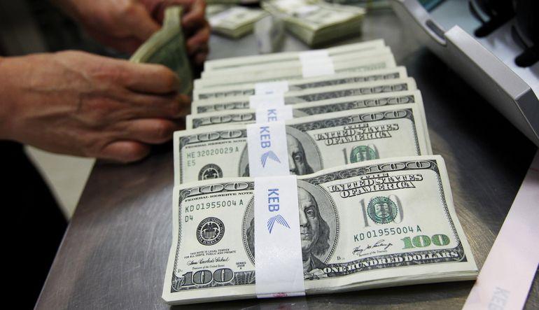 Dolarda güçlenme devam ediyor