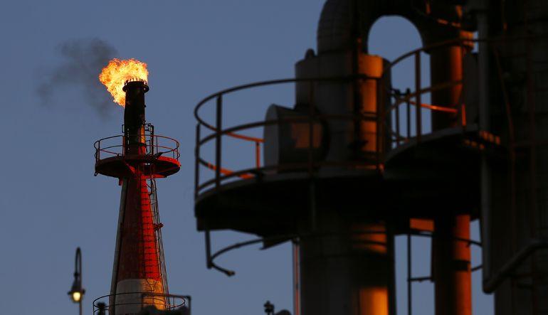 Petrol fiyatlarında düşüş sürüyor