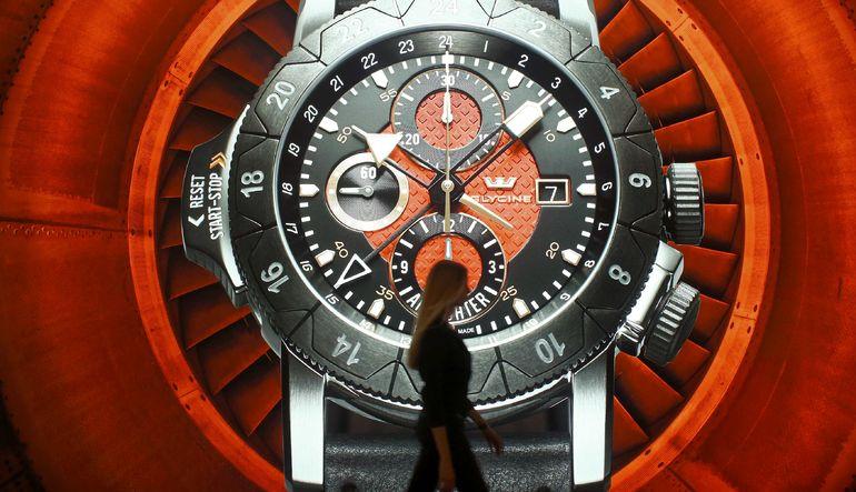 Apple Watch, geleneksel saat satışlarını vurdu