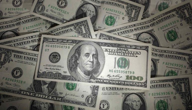 Dolar güçlenmeye devam ediyor