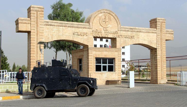 Silopi'de saldırı: 4 polis şehit